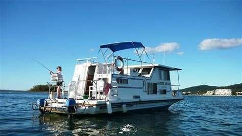 Houseboat Noosa by Afloat On A Houseboat In Noosa The Advertiser