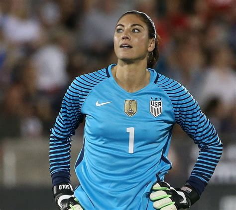 hope solo   play  seattle reign  remainder