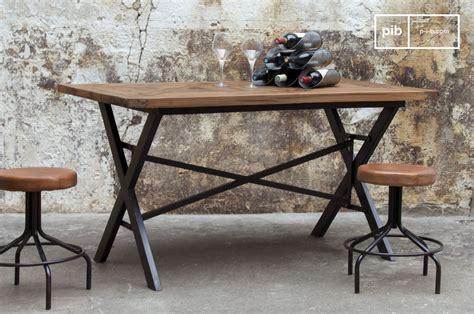 le de bureau industrielle table industrielle cadé table de repas en bois massif au