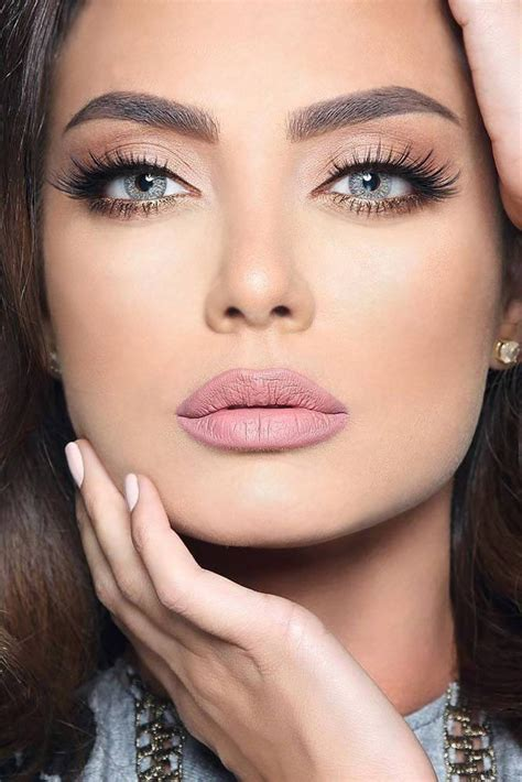 gorgeous prom makeup     positively love prom night