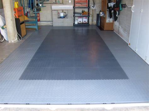 Pvcgaragenboden Mit Klicksystem Aus Fliesenplatten Pvc