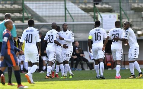 Stellenbosch fc's first national first division game was played on august 28, 2016. Stellenbosch aim to rule the country by beating Chiefs