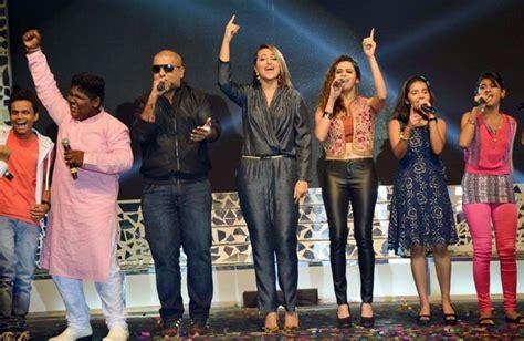 Sonakshi Sinha Launches Indian Idol Junior
