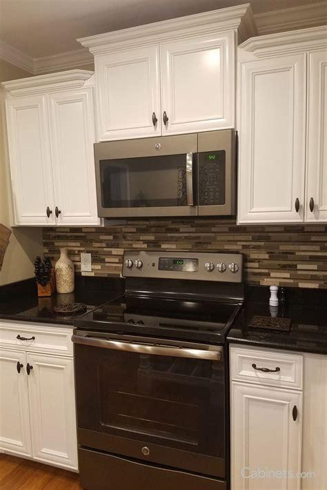 black  white kitchen   linear glass mosaic tile