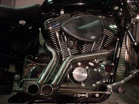 Santee Boa Exhaust Pipes On A Sportster.