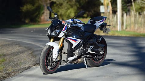 Review Bmw S1000r by Bmw S1000r Review Splitting Hairs