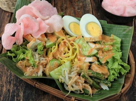 berbeda   resep gado gado  tiap daerah  indonesia