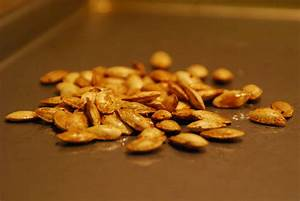 Roasted Squash Seeds | food comas