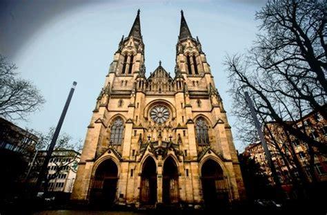 Katholische Kirche In Stuttgart Die Katholiken Müssen