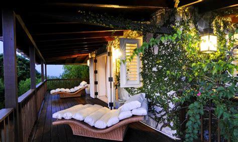beautiful yemanja resort  mustique island st vincent