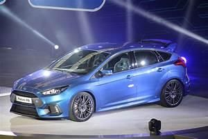 Ford Focus 3 Rs : 2015 ford focus rs mk3 die ersten informationen und fotos ~ Dallasstarsshop.com Idées de Décoration