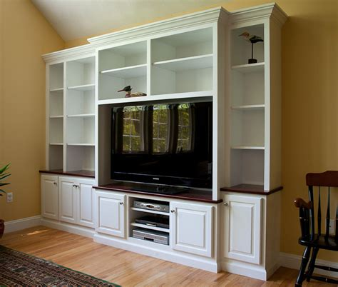 TV with Built in Cabinets