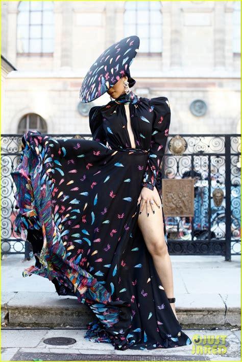 cardi  strikes  pose  paris fashion week photo