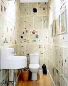 Papier Peint Journal Toilette by 10 Fa 231 Ons D Arranger La D 233 Co De Ses Wc Deco Cool