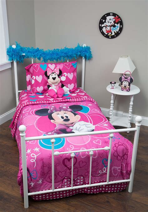 minnie mouse bedding minnie mouse comforter