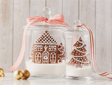 holiday gingerbread house cookies  royal icing