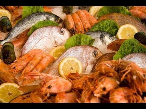 cuisine pocher cuisine les poissons et crustacés à pocher recettes et