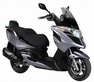 Kymco Grand Dink : motorcycle and scooter rentals in madrid rentalmotorbike worldwide and scooters motorcycle ~ Medecine-chirurgie-esthetiques.com Avis de Voitures