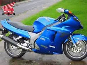 Honda Cbr 1100 Xx : honda cbr 1100 xx superblackbird youtube ~ Medecine-chirurgie-esthetiques.com Avis de Voitures