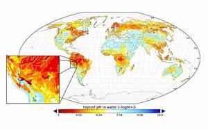 Regridded Harmonized World Soil Database v1.2