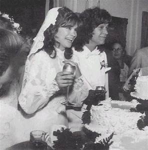 valerie bertinelli eddie van halen wedding With valerie bertinelli wedding dress