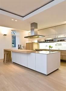 Küche Holz Modern : diese k che ist modern es hat eine arbeitsplatte und hell ist diese k che ist gemacht mit holz ~ Sanjose-hotels-ca.com Haus und Dekorationen