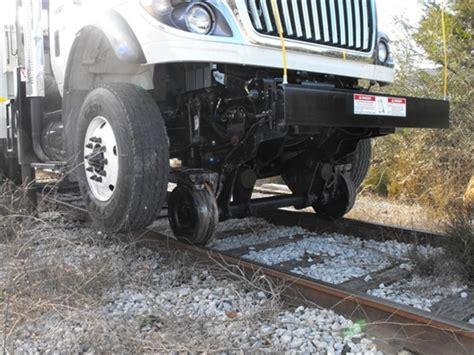 railroad trucks  full   rail trucks mow