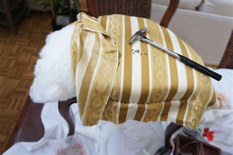comment tapisser une chaise chaises de salle à manger louis philippe tapissier