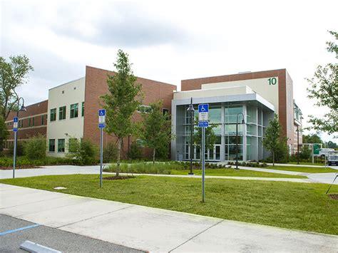Valencia College West Campus Classroom Building 10