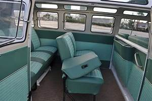 1964 VOLKSWAGEN 21 WINDOW SAMBA BUS - 158421