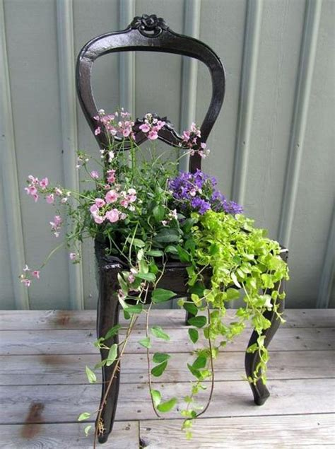 creative green ideas   flower stands recycling wood