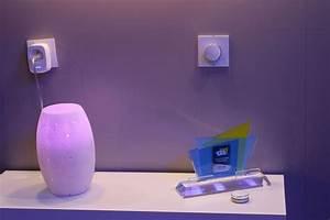 Objet Connecté Maison : un interrupteur sans fil connect pour contr ler l 39 clairage ~ Nature-et-papiers.com Idées de Décoration