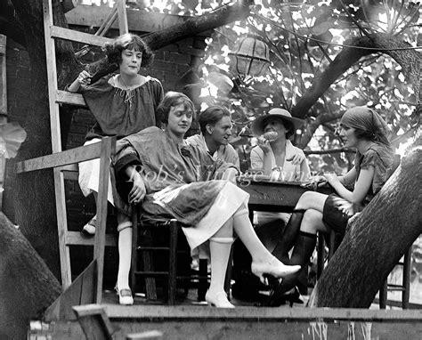 Krazy Kat Klub Treehouse Speakeasy 1920s Flappers Jazz