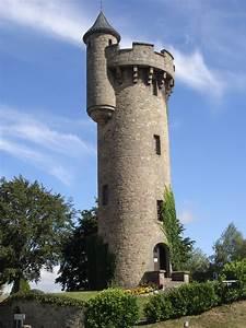 Le Coin De Table Tours : la tour de masseret office de tourisme du pays d 39 uzerche corr ze ~ Melissatoandfro.com Idées de Décoration