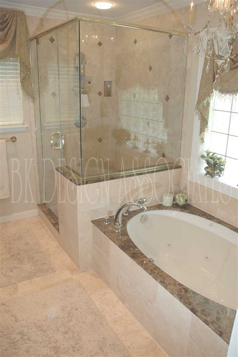 Small Bathroom Tub Ideas by 10 Images About Master Bath Remodel On Clawfoot Tubs For