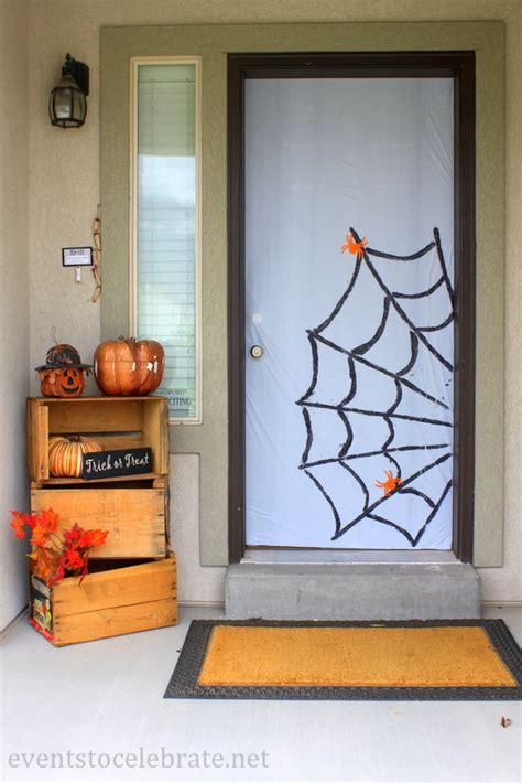 easy halloween door   celebrate