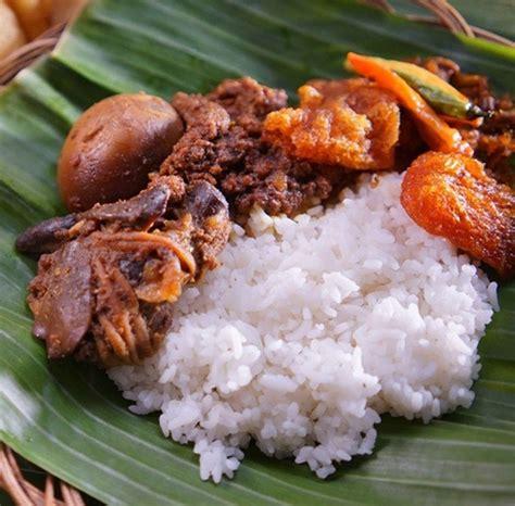 wisata kuliner  jogja  wajib  cicipi aguayuda