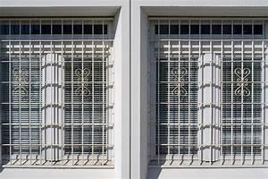 Grille De Défense Fenetre : grille defense fenetre les derni res id es ~ Dailycaller-alerts.com Idées de Décoration