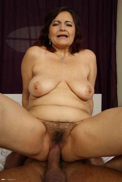 archive of old women: Hairy Mature Sex