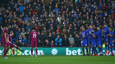 Kevin De Bruyne's cheeky free kick inspires Man City in FA ...