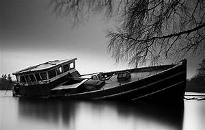 best photos 2 share: A Classic Black & White Nature ...