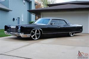 Lincoln Continental Bagged Air Ride Pictures