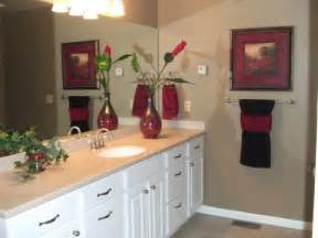 bathroom towel design ideas superb towel decorating ideas 1 bathroom decorating ideas with towels bloggerluv com