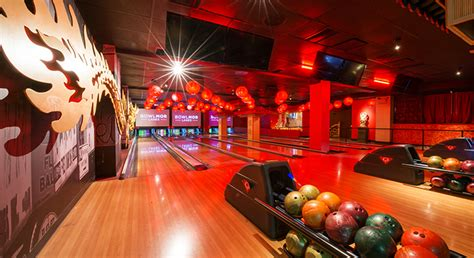 Bowling Alley & Arcade in Times Square | Bowlmor