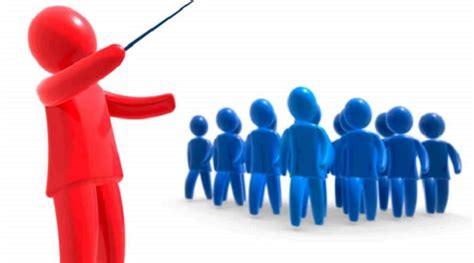 tres estilos de liderazgo empresarial