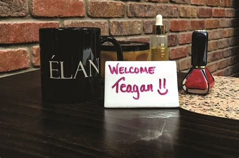 salon  clients personalized  sign  images