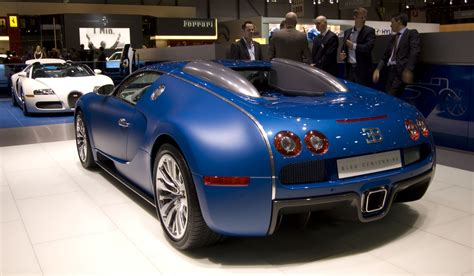 It was named after the racing driver pierre veyron. Cristiano Ronaldo's Sport Car: Bugatti Veyron