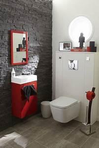 le carrelage wc se met a la couleur pour faire la deco With quelle couleur dans les toilettes 2 une touche de couleur dans les toilettes