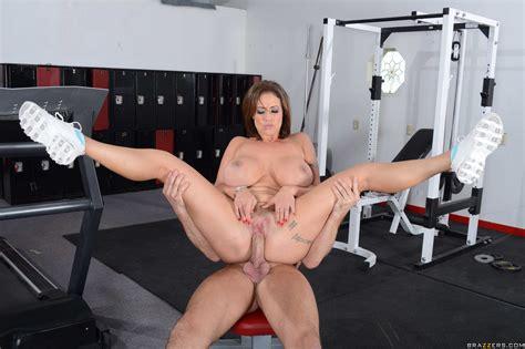Busty Woman Had Sex In The Gym Photos Eva Notty Milf Fox