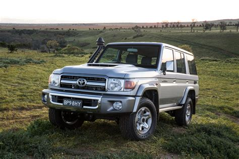 Review Toyota Land Cruiser by 2019 Toyota Land Cruiser Review New Cars Review